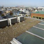 屋上のエアコン室外機 冷媒配管断熱材巻き直し 香川県丸亀市にて