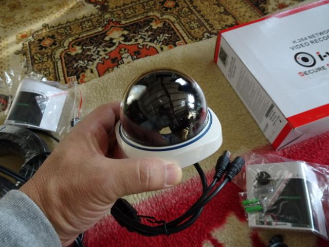 屋内用監視カメラ