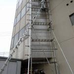 ルームエアコン取付工事(3Fから1F配管引き下ろし) 香川県高松市にて