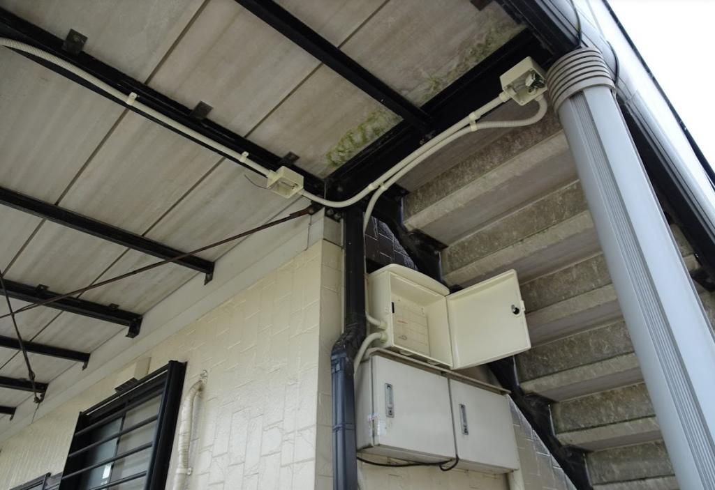 監視カメラのレコーダー収納ボックス