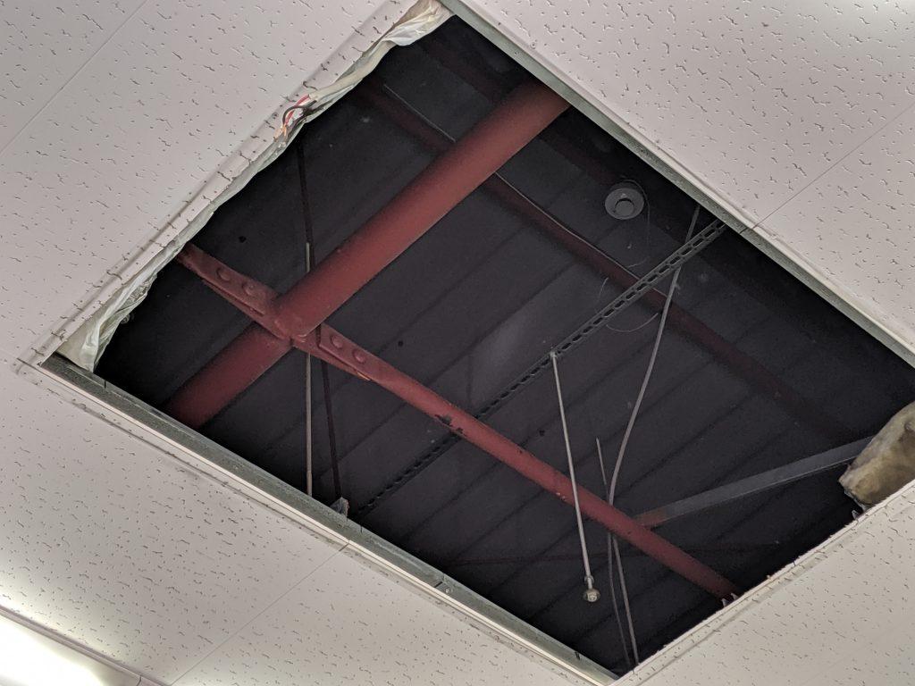 天井カセットの開口部分